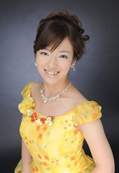 声楽・幼児音楽・ピアノ 早川 絢子 Hayakawa Ayako