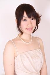 ピアノ、幼児音楽 弓座 実也子 Yumiza Miyako